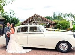 Rolls Royce Silver Cloud for weddings in Chelmsford